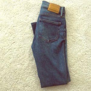 "Denim forum ""Nico"" mid rise crop Jeans sz25"